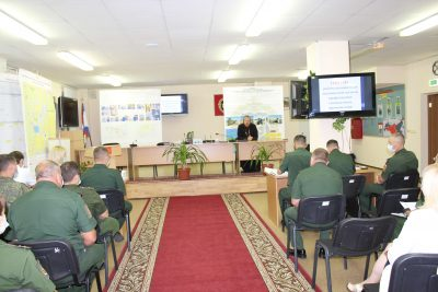 Протоиерей Дионисий Соловьев встретился с офицерами воинской части 21222