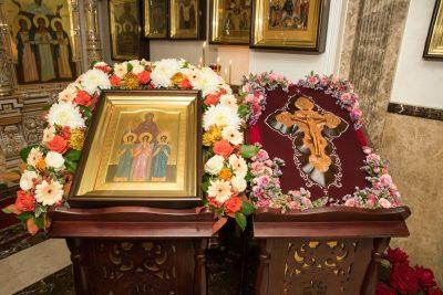 Митрополит Серафим совершил Литургию в храме святых мучениц Веры, Надежды, Любови и матери их Софии в причтовом доме при Введенской церкви Пензы