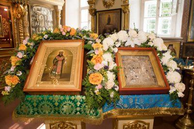 В день престольного праздника митрополит Серафим совершил Литургию в Митрофановском храме Пензы