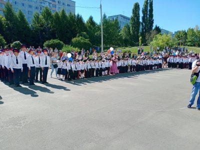 Священник Алексий Асташкин посетил кадетскую школу
