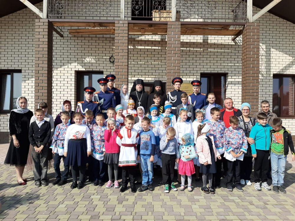 При Казанско-Богородицком мужском монастыре состоялся праздник, посвященный началу учебного года