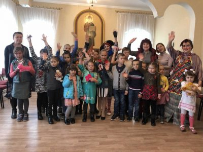 После летних каникул возобновила работу воскресная школа «Покров»