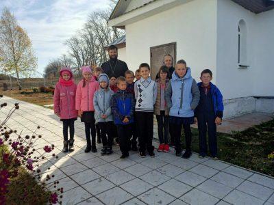 Состоялся ознакомительный урок с воспитанниками воскресной школы при Михайло-Архангельской церкви села Вирга