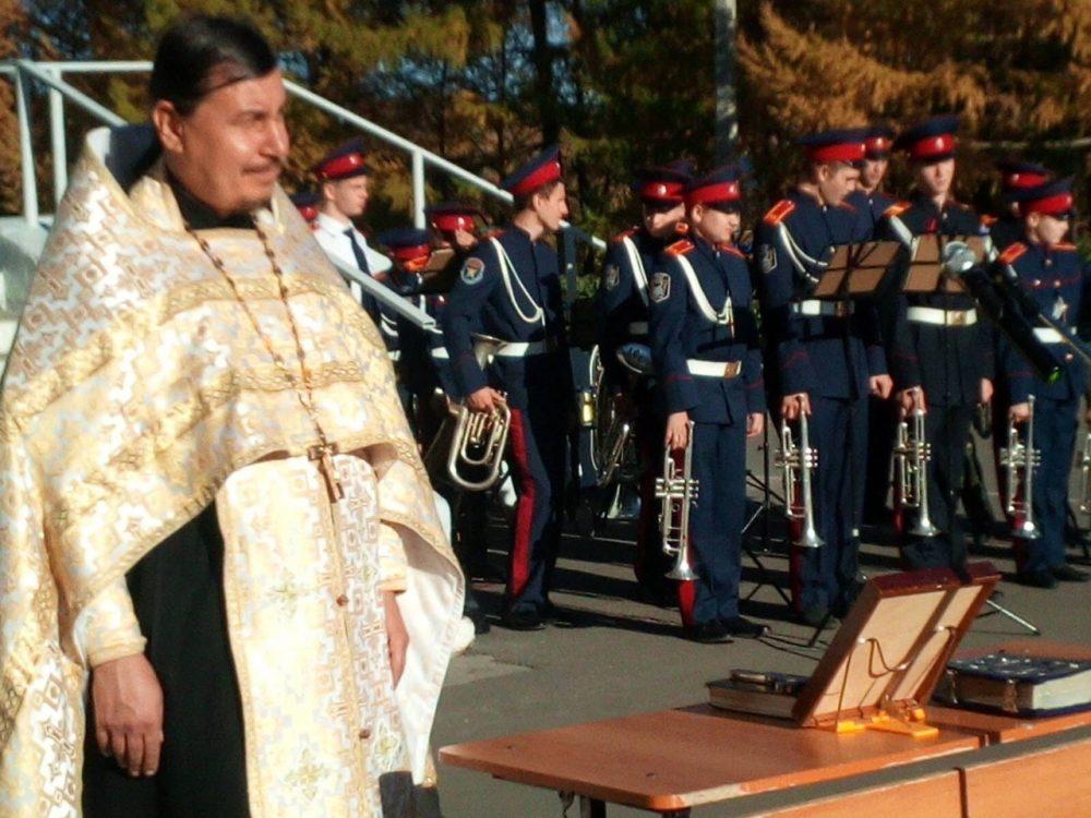 Праздничный молебен состоялся в кадетской школе № 46
