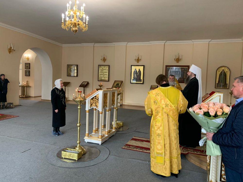 Старейшая сотрудница епархиального управления удостоена Патриаршей награды