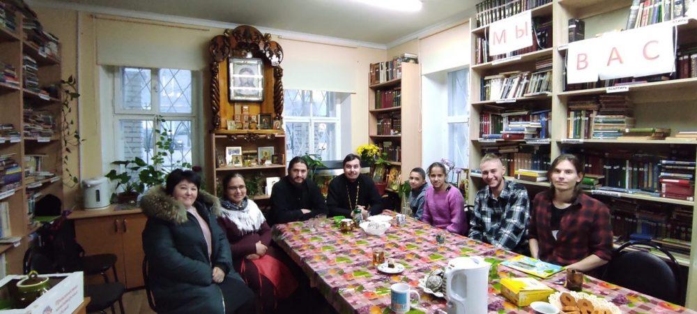 Благочинный Спасского городского округа встретился с активом молодежного общества «Покров»