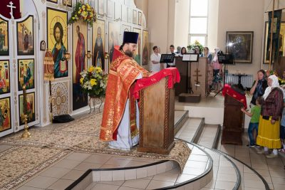 30 лет служения в священном сане отмечает протоиерей Сергий Логинов