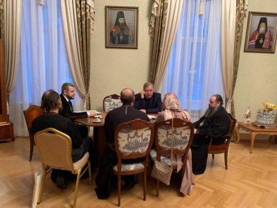 Митрополит Серафим обсудил с врачами московской больницы вопросы паллиативной помощи