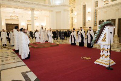В канун Крещения Господня митрополит Серафим совершил всенощное бдение в Спасском кафедральном соборе