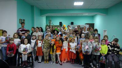 Воспитанники Детско-юношеской хоровой школы «Преображение» поздравили с Рождеством Христовым людей с ограниченными возможностями