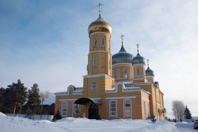 В день памяти священника Николая Болоховского митрополит Серафим совершил Литургию в Успенском женском монастыре