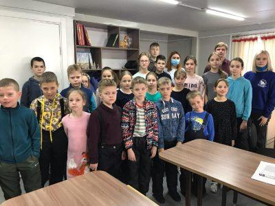 Воспитанники воскресной школы «Донские» приняли участие во Всероссийской акции «Блокадный хлеб»