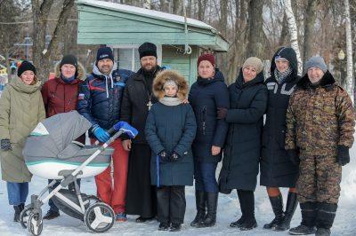 Священник Сергий Беляков принял участие в спортивном празднике «Зимушка-зима»