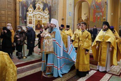Митрополит Серафим совершил Литургию в Вознесенском кафедральном соборе Кузнецка