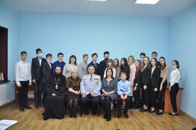 Нижнеломовские школьники приняли участие в духовно – патриотической акции «Мы русские – с нами Бог!»