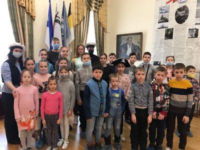 Воспитанники воскресной школы «Донские» посетили Литературный музей