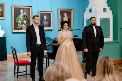 Вечер вокальной и фортепианной музыки «Семейного Православного театра» прошел в Пензенской картинной галерее