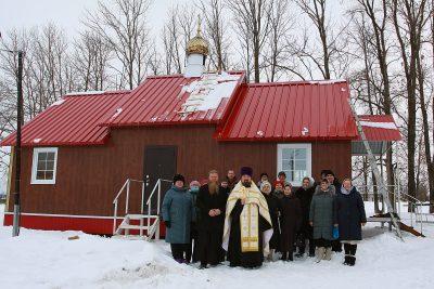 В селе Степановка освятили крест и купол для вновь построенного Михаило-Архангельского храма
