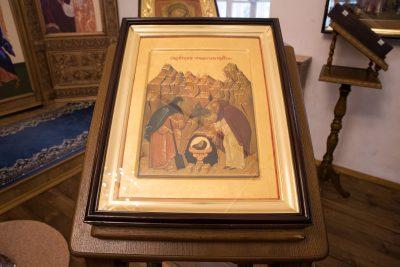В день первого и второго обретения главы Иоанна Предтечи митрополит Серафим совершил Литургию в Спасо-Преображенском мужском монастыре