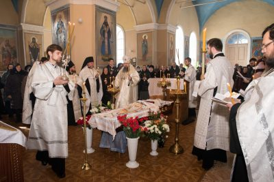 Митрополит Серафим совершил чин отпевания отошедшего ко Господу протоиерея Виктора Правосудова