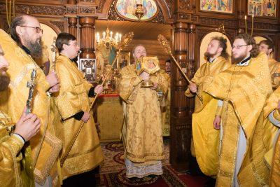 В Неделю Сыропустную митрополит Серафим совершил Литургию в храме в честь Владимирской иконы Божией Матери в Пензе