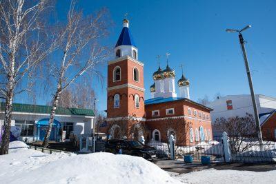 Митрополит Серафим совершил Литургию Преждеосвященных Даров в Покровской церкви в Городище