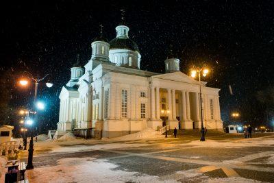 В канун Недели Торжества Православия митрополит Серафим совершил всенощное бдение в Спасском кафедральном соборе