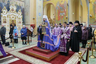 Митрополит Серафим совершил чин Пассии в Вознесенском кафедральном соборе Кузнецка