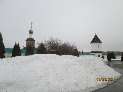 Паломничество в Иоанно-Богословский мужской монастырь в селе Макаровка