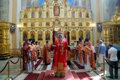 В Неделю о расслабленном митрополит Серафим совершил Литургию в Вознесенском кафедральном соборе Кузнецка