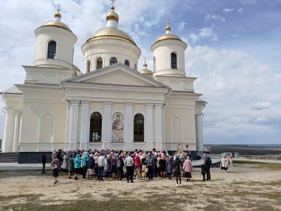 Состоялось паломничество в Большую Валяевку