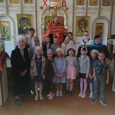 В Никольском молитвенном доме р.п. Шемышейка прошла встреча священника со школьниками
