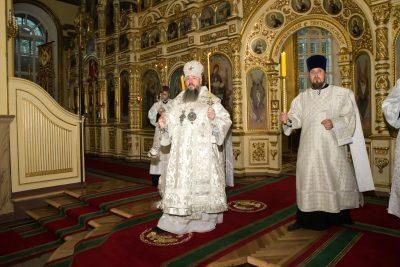 В канун Вознесения Господня митрополит Серафим совершил всенощное бдение в Успенском кафедральном соборе Пензы