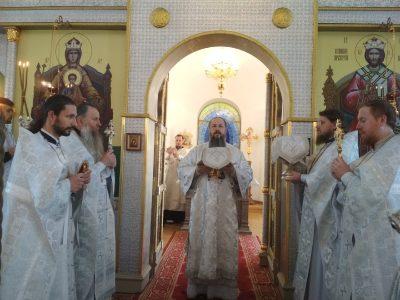 В праздник Рождества святого Иоанна Предтечи митрополит Серафим совершил литургию в Спасо-Преображенском мужском монастыре