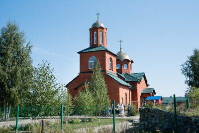 В день престольного праздника митрополит Серафим совершил литургию в Пименовской церкви села Алферьевка