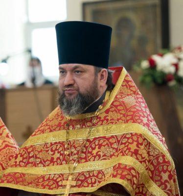 25 лет служения в священном сане отмечает протоиерей Сергий Шумилов