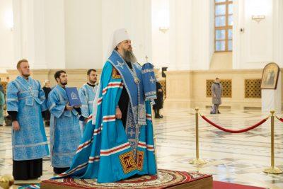 В канун Рождества Пресвятой Богородицы митрополит Серафим совершил всенощное бдение в Спасском кафедральном соборе