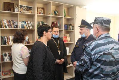 Протоиерей Антоний Шварев посетил исправительную колонию №1 вместе с членами общественной наблюдательной комиссии