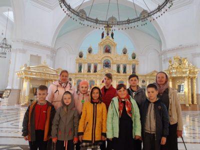 Воспитанники Духовно-просветительского центра «Исток» совершили паломничество по святым местам