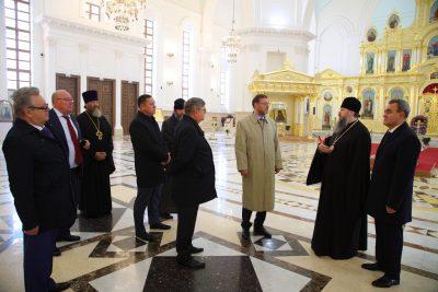 Спасский собор посетили члены Совета Федерации Федерального Собрания РФ