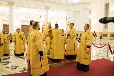 В канун Недели 17-й по Пятидесятнице митрополит Серафим совершил всенощное бдение в Спасском кафедральном соборе