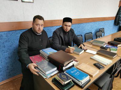 Книжные фонды в исправительных учреждениях проверила межрелигиозная рабочая группа